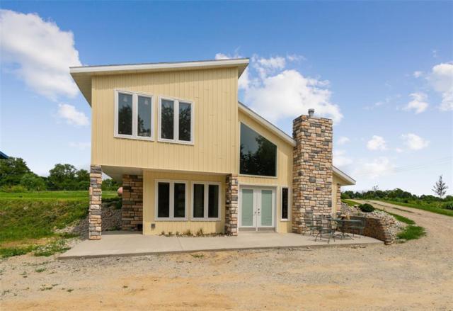 5987 31st Avenue, Vinton, IA 52349 (MLS #1905705) :: The Graf Home Selling Team