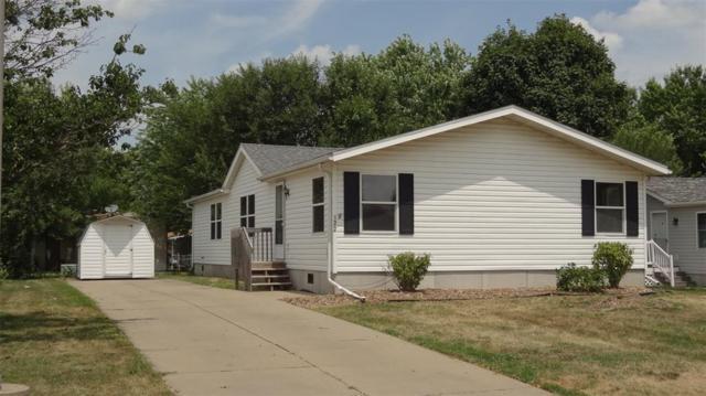 122 Paddock Circle, Iowa City, IA 52240 (MLS #1905839) :: The Graf Home Selling Team