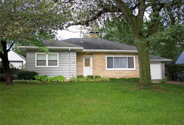 1524 Center Point Road NE, Cedar Rapids, IA 52402 (MLS #1906827) :: The Graf Home Selling Team