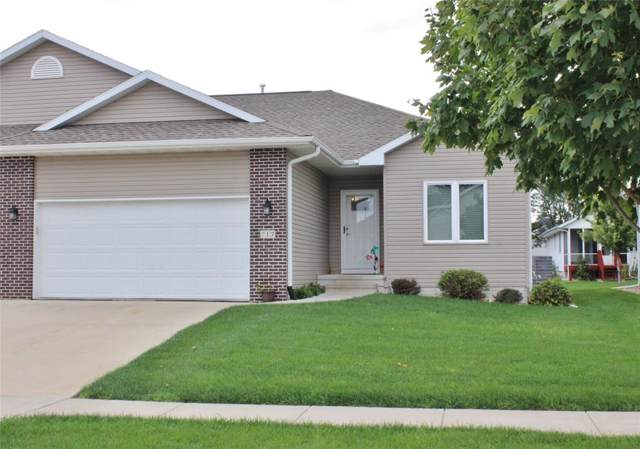 717 Dorchester Place, Cedar Rapids, IA 52402 (MLS #1906847) :: The Graf Home Selling Team