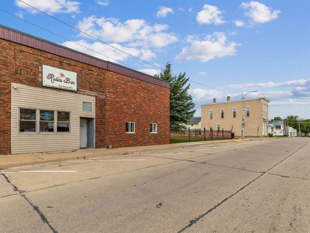 817 Main Street, Center Point, IA 52213 (MLS #1907130) :: The Graf Home Selling Team