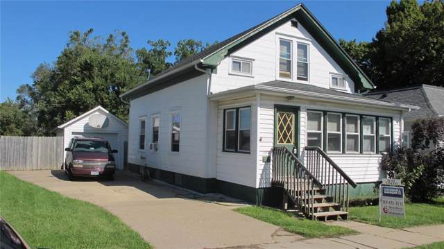 2170 3rd Avenue, Marion, IA 52302 (MLS #1907140) :: The Graf Home Selling Team