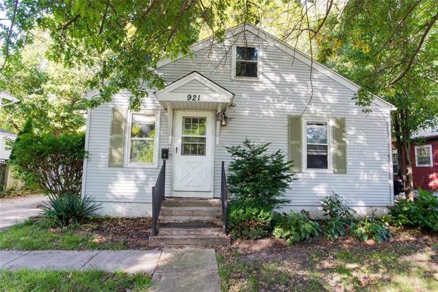 921 Dearborn Street, Iowa City, IA 52240 (MLS #1907588) :: The Graf Home Selling Team