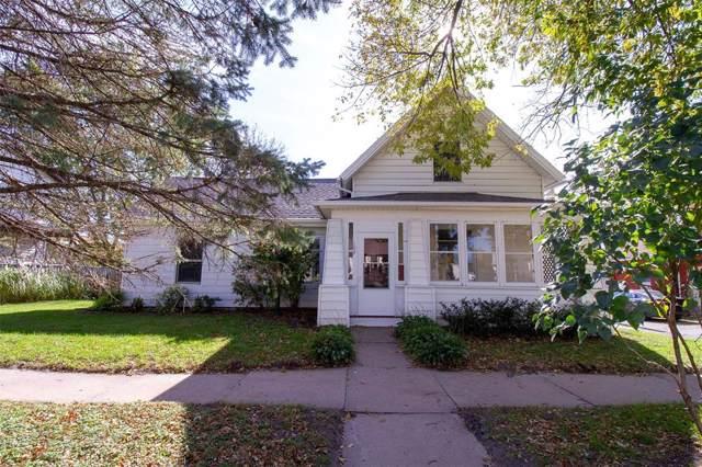 109 Park Avenue, Anamosa, IA 52205 (MLS #1907609) :: The Graf Home Selling Team