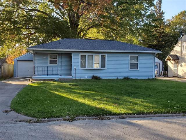 1520 9th Street, Marion, IA 52302 (MLS #1907712) :: The Graf Home Selling Team