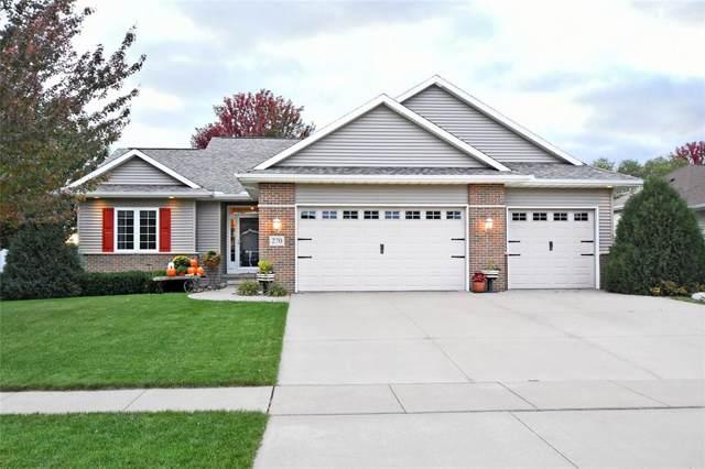 270 N 17th Avenue, Hiawatha, IA 52233 (MLS #1907714) :: The Graf Home Selling Team