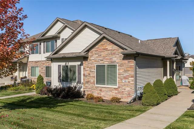 740 Foster Road, Iowa City, IA 52245 (MLS #1907897) :: The Graf Home Selling Team