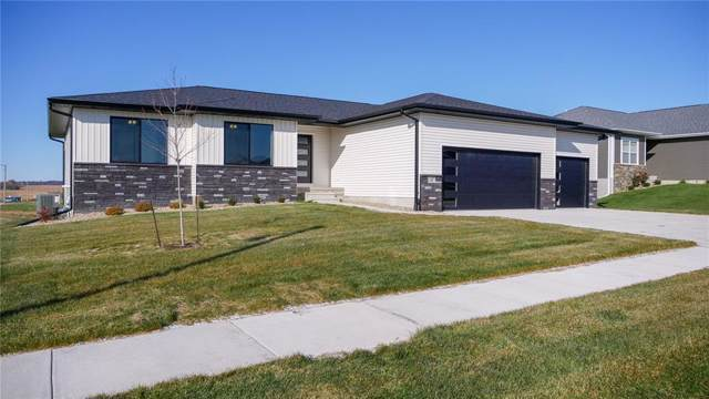 1387 Deerfield Drive, Fairfax, IA 52228 (MLS #1908098) :: The Graf Home Selling Team