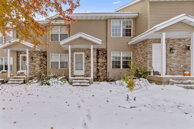 975 33rd Avenue #4, Marion, IA 52302 (MLS #1908111) :: The Graf Home Selling Team
