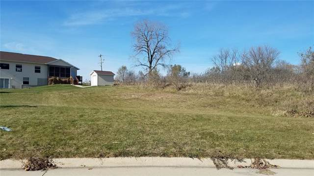 1915 Meadow Place, Ely, IA 52227 (MLS #1908208) :: The Graf Home Selling Team