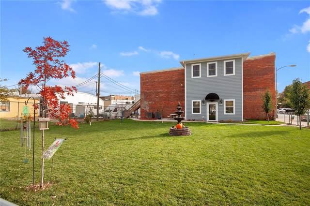114 N Iowa Avenue, Washington, IA 52353 (MLS #1908294) :: The Graf Home Selling Team