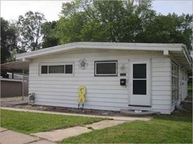 3621 Mt Vernon Road SE, Cedar Rapids, IA 52403 (MLS #1908311) :: The Graf Home Selling Team