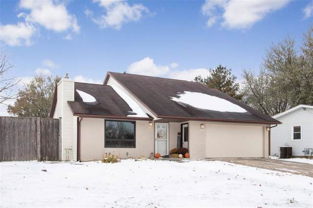 706 Holiday Road, Coralville, IA 52241 (MLS #1908328) :: The Graf Home Selling Team