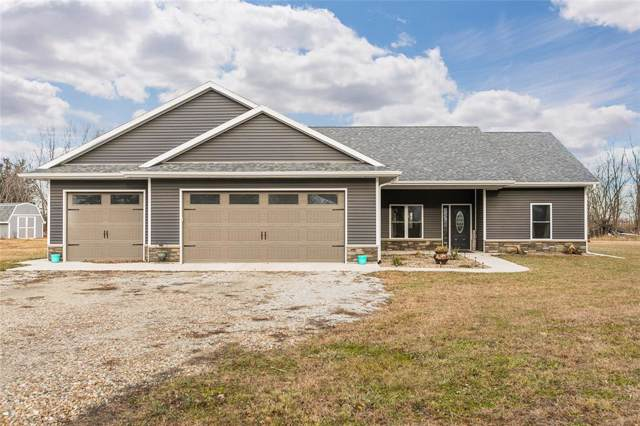 270 Main Street, Ainsworth, IA 52201 (MLS #1908562) :: The Graf Home Selling Team