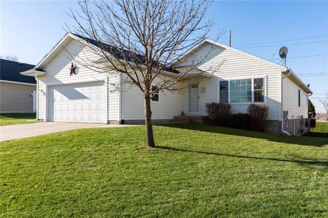 5825 Robinwood Lane, Marion, IA 52302 (MLS #1908632) :: The Graf Home Selling Team