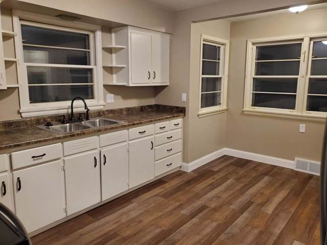 340 21st Street NW, Cedar Rapids, IA 52405 (MLS #1908633) :: The Graf Home Selling Team