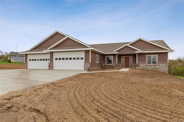 21407 Huntington Hills Drive, Anamosa, IA 52205 (MLS #1908668) :: The Graf Home Selling Team