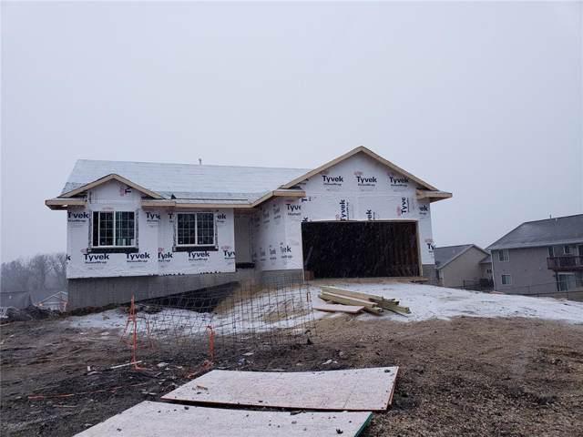 2209 Holly Meadow Avenue SW, Cedar Rapids, IA 52404 (MLS #1908852) :: The Graf Home Selling Team