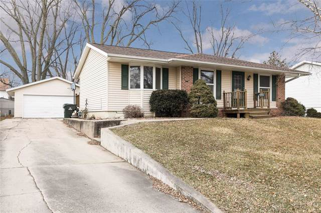 230 Cherry Hill Rd Sw, Cedar Rapids, IA 52404 (MLS #2000246) :: The Graf Home Selling Team