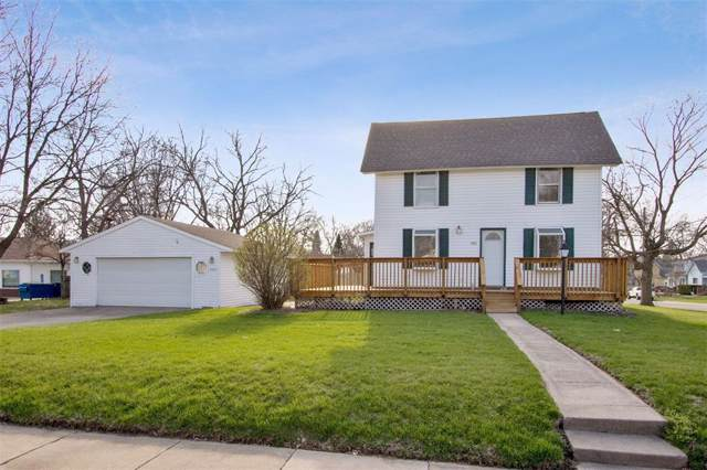 890 6th Street, Marion, IA 52302 (MLS #2000561) :: The Graf Home Selling Team