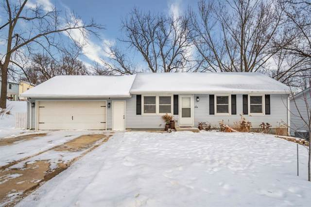 304 E Sycamore Street, Anamosa, IA 52205 (MLS #2000575) :: The Graf Home Selling Team