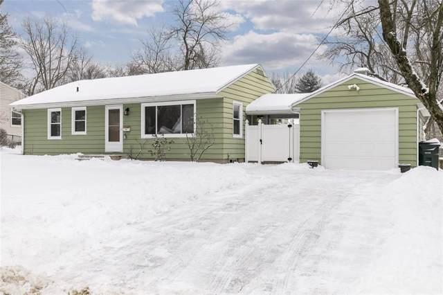 2825 14th Avenue SE, Cedar Rapids, IA 52403 (MLS #2000684) :: The Graf Home Selling Team