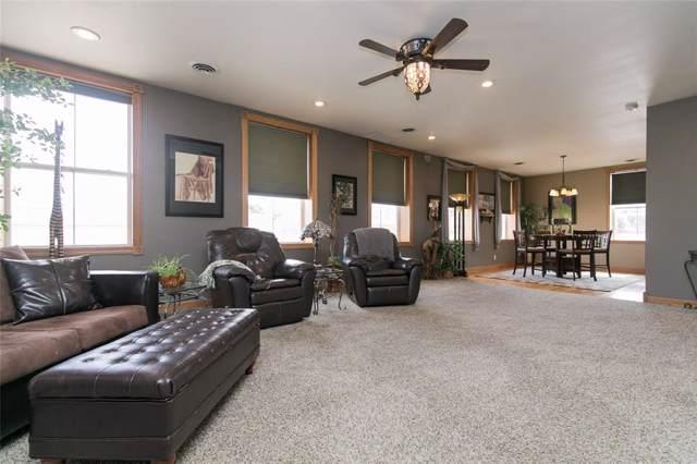 511 1st Avenue, Vinton, IA 52349 (MLS #2000686) :: The Graf Home Selling Team