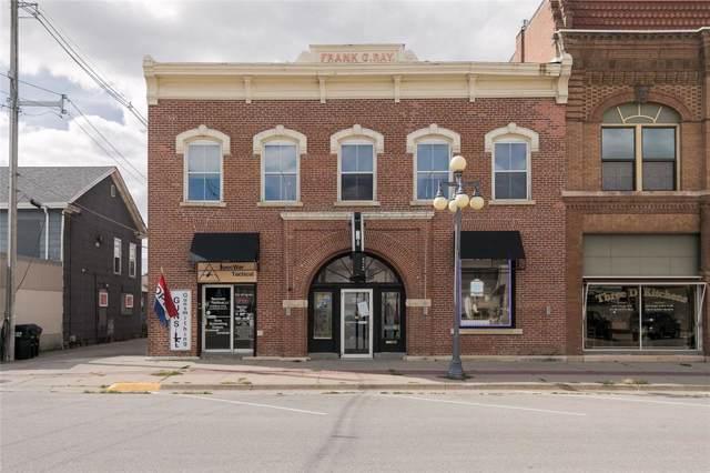 511 1st Avenue, Vinton, IA 52349 (MLS #2000687) :: The Graf Home Selling Team