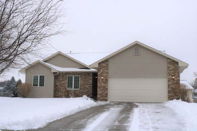 2 Ambrose Court, Coralville, IA 52241 (MLS #2000689) :: The Graf Home Selling Team