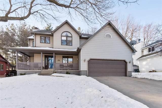 1709 Hidden Hollow Lane NW, Cedar Rapids, IA 52405 (MLS #2001039) :: The Graf Home Selling Team