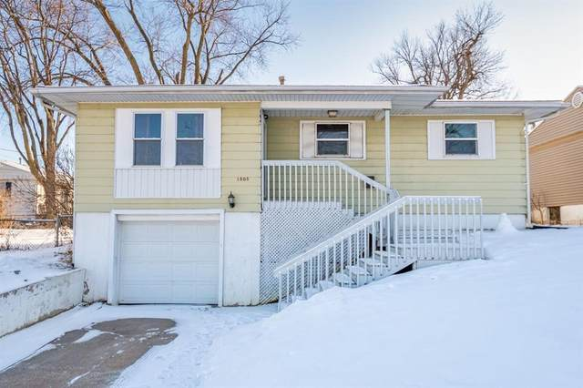 1505 13th Avenue SW, Cedar Rapids, IA 52404 (MLS #2001122) :: The Graf Home Selling Team