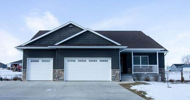 4590 Meadow Creek Drive, Palo, IA 52324 (MLS #2001145) :: The Graf Home Selling Team