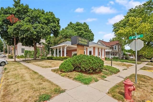 302 8th Avenue, Wellman, IA 52356 (MLS #2001209) :: The Graf Home Selling Team
