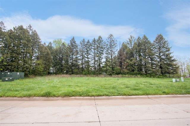1944 Dempster Drive, Coralville, IA 52241 (MLS #2001382) :: The Graf Home Selling Team