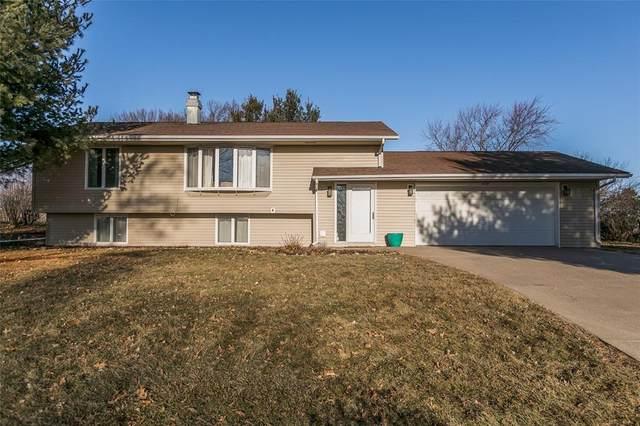 328 Lake View Drive NE, Solon, IA 52333 (MLS #2001644) :: The Graf Home Selling Team