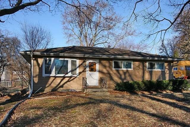 604 9th Ave., Coralville, IA 52241 (MLS #2001895) :: The Graf Home Selling Team