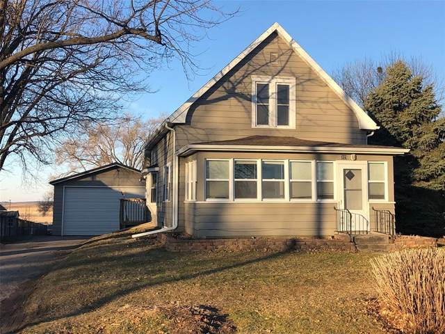 315 Summit Street, Center Point, IA 52213 (MLS #2001918) :: The Graf Home Selling Team