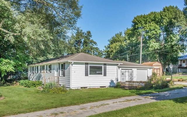 510 W Sovers Street, Solon, IA 52333 (MLS #2001950) :: The Graf Home Selling Team