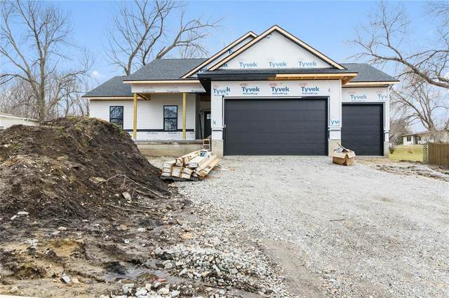 820 Park Avenue, Center Point, IA 52213 (MLS #2002232) :: The Graf Home Selling Team