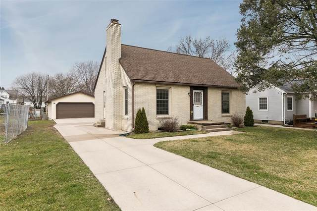 112 18th Street NW, Cedar Rapids, IA 52405 (MLS #2002247) :: The Graf Home Selling Team
