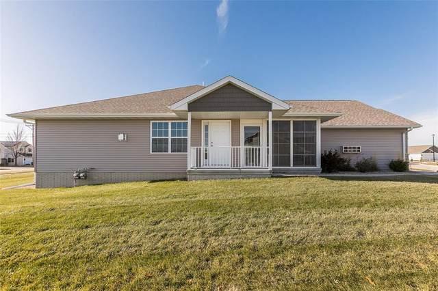 717 Crescent View Drive NE, Cedar Rapids, IA 52402 (MLS #2002283) :: The Graf Home Selling Team