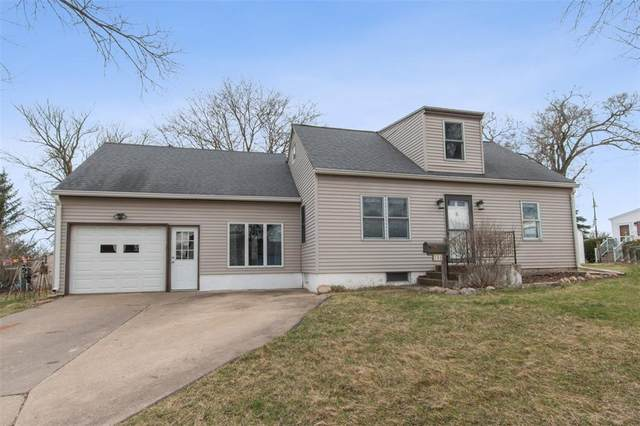 104 Fisher Street, Hiawatha, IA 52233 (MLS #2002338) :: The Graf Home Selling Team
