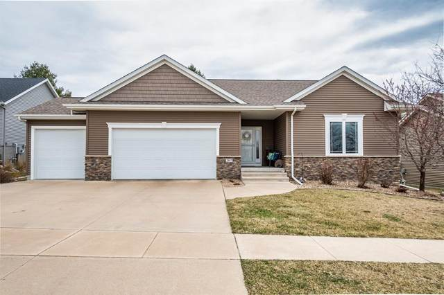 2917 Caspian Road, Hiawatha, IA 52233 (MLS #2002364) :: The Graf Home Selling Team
