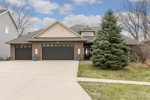 1977 Ollinger Drive, Coralville, IA 52241 (MLS #2002532) :: The Graf Home Selling Team