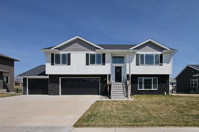 802 Marie Street, Solon, IA 52333 (MLS #2002541) :: The Graf Home Selling Team