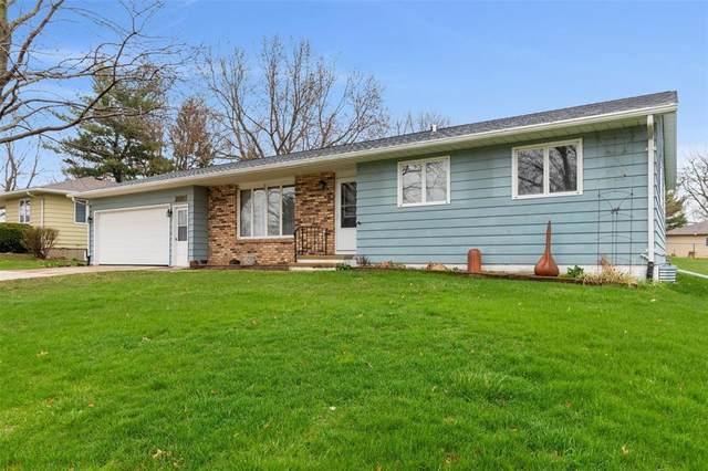 2521 30th Street SW, Cedar Rapids, IA 52404 (MLS #2002556) :: The Graf Home Selling Team
