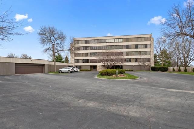 820 Club House Road 3F, North Liberty, IA 52317 (MLS #2002557) :: The Graf Home Selling Team