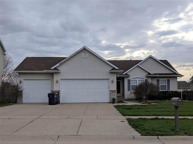 290 N 16th Avenue, Hiawatha, IA 52233 (MLS #2002831) :: The Graf Home Selling Team