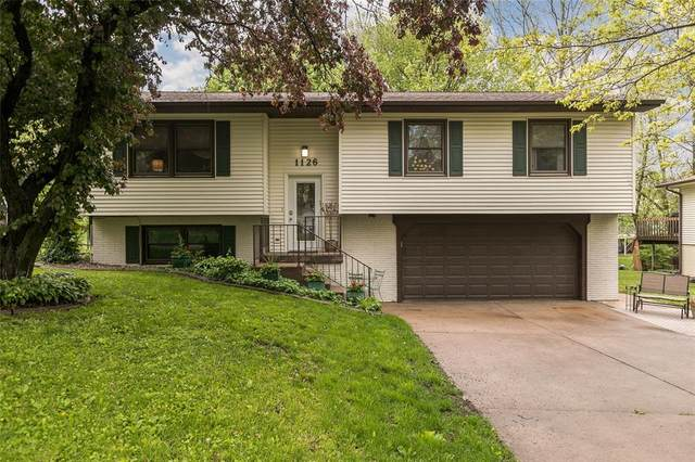 1126 Village Farm Court, Iowa City, IA 52240 (MLS #2003511) :: The Graf Home Selling Team
