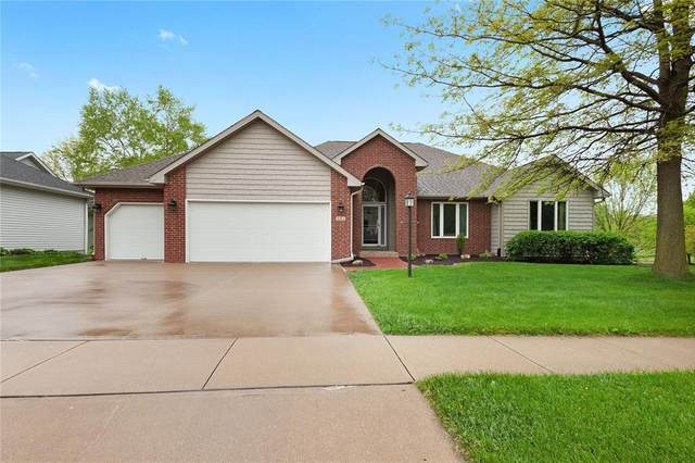 901 Barrington Road, Iowa City, IA 52245 (MLS #2003677) :: The Graf Home Selling Team
